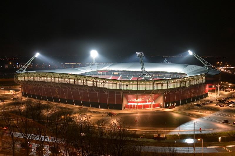 AZ neemt het vanavond in het DSB-stadion op tegen FC Utrecht. ©PRO SHOTS