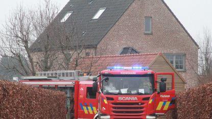 Oververhitte spot zet veranda in brand
