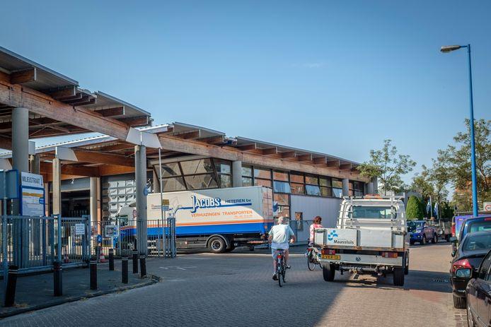 Stadsbedrijf Maassluis aan de Heldringstraat.