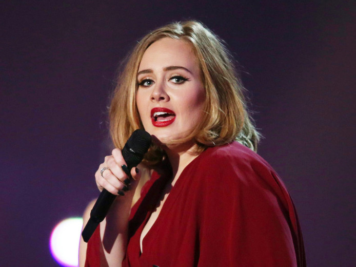 De kaartjes voor het optreden van Adele waren razendsnel uitverkocht. De verkochte kaartjes werden vervolgens voor veel geld doorverkocht.