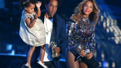 Beyoncé en Jay-Z's dochter Blue Ivy Carter doet bod van meer dan 15.000 euro tijdens kunstveiling