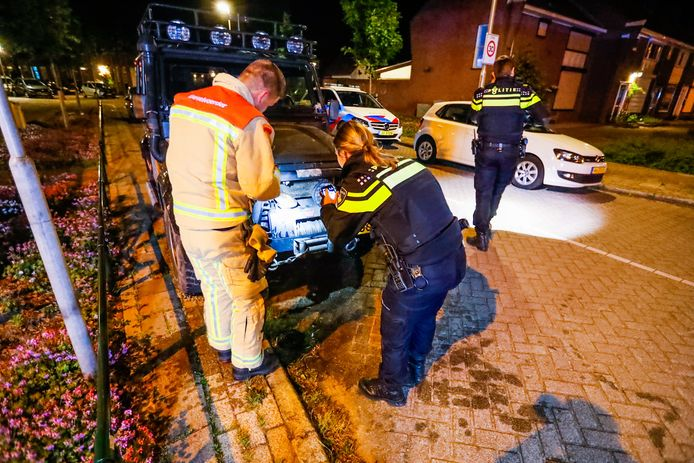 Wéér een autobrand in Eindhoven.