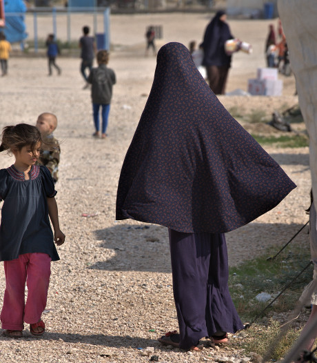Belgische staat moet dwangsom betalen voor niet terughalen IS-kinderen, teller al op 150.000 euro