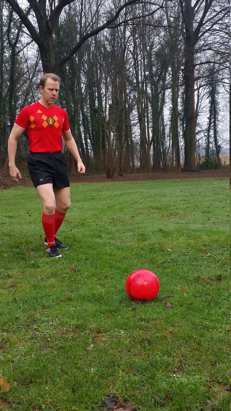 Kris Wagner zelf in actie - in het shirt van de Rode Duivels