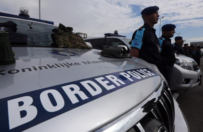 Ook Nederlandse grenswachten komen in actie langs de Grieks-Albanese grens.