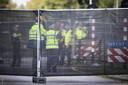 De Onderzoeksraad voor Veiligheid (OvV) doet onderzoek bij de spoorwegovergang in Oss na het ongeluk met de Stint.