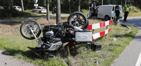 Motorrijder gewond bij botsing met auto in Vessem