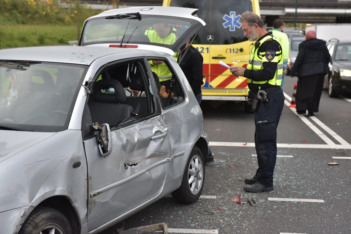 Ongeluk op Doornboslaan in Breda.