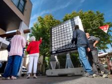 Herdenkingsbillboard haalt namen Huissense oorlogsslachtoffers uit de vergetelheid