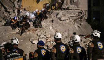 De evacuatie van de Witte Helmen tekent de wanhopige situatie van de Syrische rebellen