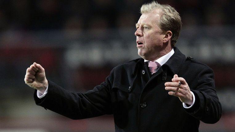 FC Twente-coach Steve McClaren zag zijn team met 2-3 onderuit gaan.