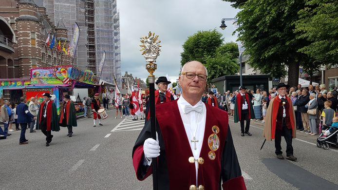 Jef Janssens op zijn laatste Heilig Bloedprocessie.