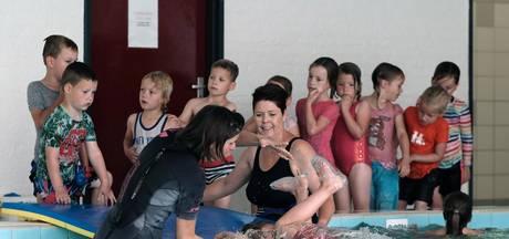 'Wurgcontract' nekt Zwemvereniging Lobith