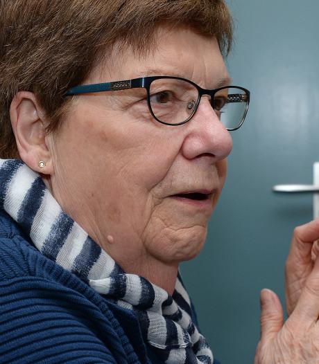 Mia van der Zanden (80) van zetelplek gestoten door stemmentrekker Van Riet