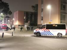 Achttien personen aangehouden bij rellen Kanaleneiland, mogelijk vandaag nog meer arrestaties