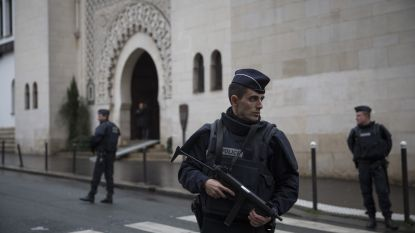 Voorlopig geen bijkomende maatregelen in België, Parijs en Londen drijven bewaking rond moskeeën op