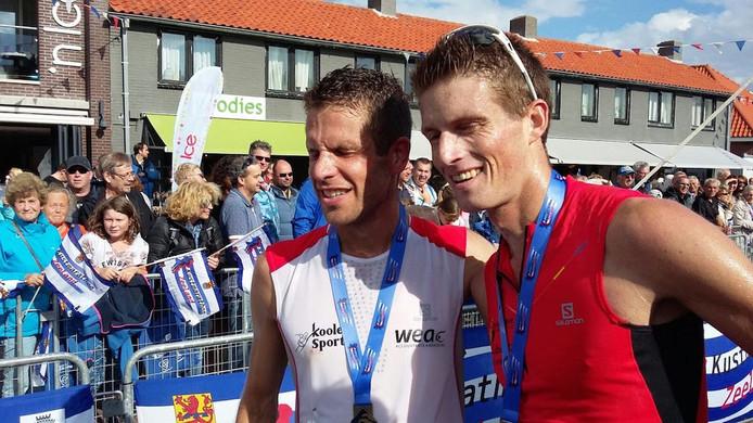 De winnaar en de nummer 2, Tim Pleijte en Huub van Noorden, kort na de finish.