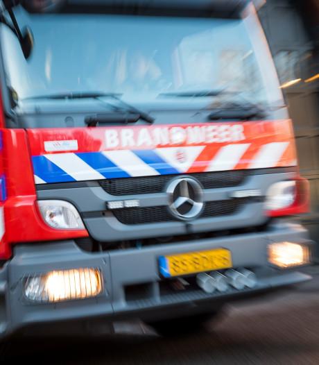 Brand in woning Alblasserdam: veel schade en vier woningen ontruimd