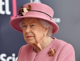"""Wat u nog niet wist over Elizabeth II: """"De queen ziet haar paarden liever dan haar functie"""""""