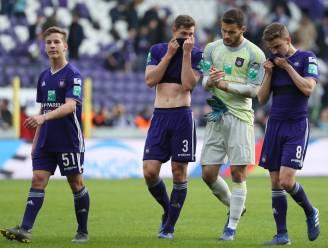 """""""Als speler van Anderlecht kan het niet dat je nog moet leren hoe je een bal aanneemt en inspeelt"""""""