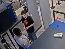Une employée d'aéroport dit à un voyageur qu'il est moche et se fait licencier