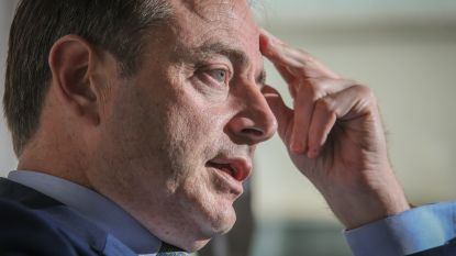 """De Wever waarschuwt voor invloed cocaïnemaffia: """"Voor sommige raadsleden steek ik mijn handen niet in het vuur"""""""