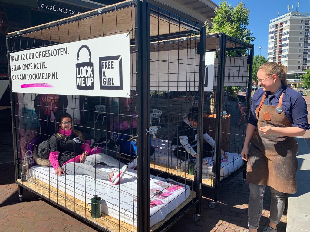 Arnhem deed ook in 2019 mee met de actie Lock me Up - Free a Girl van Stichting Free a Girl.