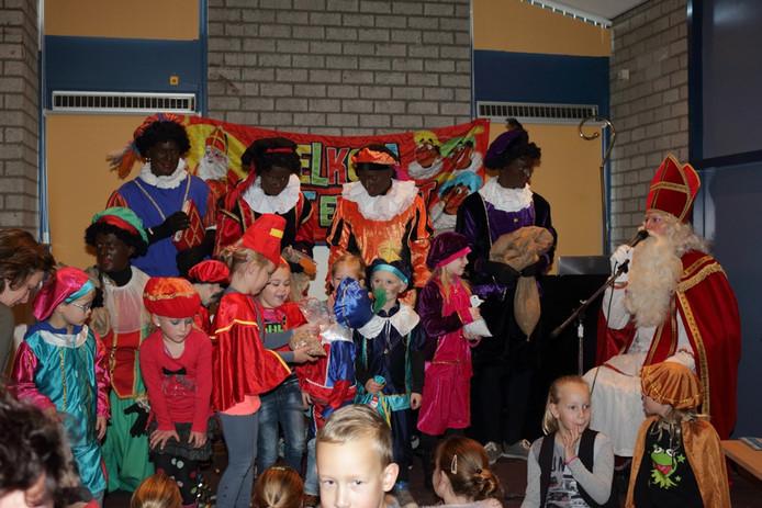 Sinterklaas in Klein-Dongen-Vaart.