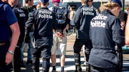 Jambon werkt aan boetes voor politiezones die collega's weigeren bij te staan