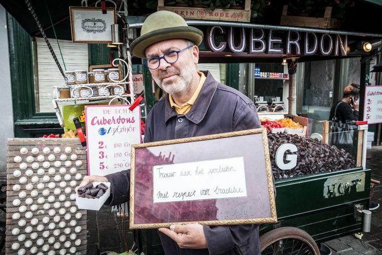 Carl Demeestere gaat vanaf nu zijn eigen neuzen produceren en verkopen .