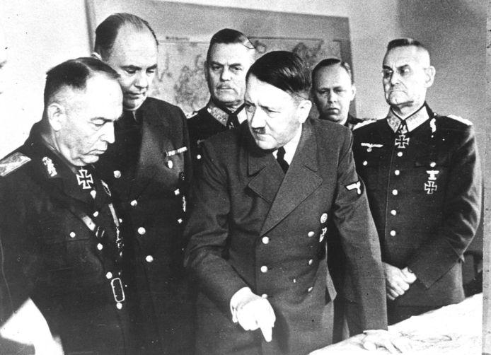 Le 16 décembre 1944, Adolf Hitler lançait sur les Ardennes belges sa dernière offensive militaire. Une défaite qui sonnera le glas du IIIe Reich.