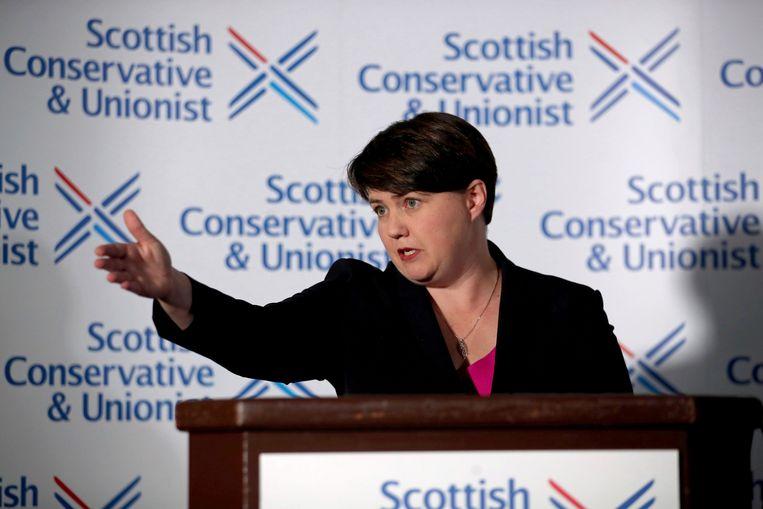 Ruth Davidson op een persconferentie na de aankondiging dat ze ontslag neemt als leidster van de Schotse afdeling van de Britse Conservatieve Partij.