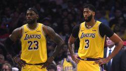 Lakers meteen onderuit in derby tegen Clippers, kampioen Toronto opent seizoen met nipte zege