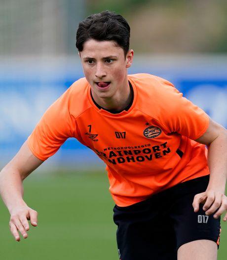 Jesse Giebels (17) uit Gennep tekent eerste profcontract bij PSV