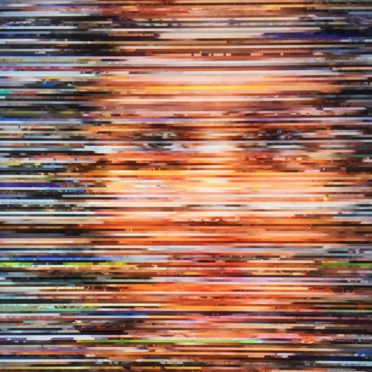 Looking Back at You - Anton Lamberg ''Looking Back at You' verkent de samenleving vanuit het perspectief van digitale data en onderzoekt de mogelijkheden van data buiten commerciele en politieke toepassingen. Dit vind ik een goed voorbeeld waar experiment wordt toegepast om andere vormen en toepassingen te ontdekken door data niet volgens de hedendaagse conventies te gebruiken.' Beeld Jay Sunsmith