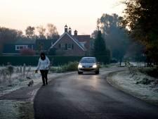 Oude Baan in Hulten 'levensgevaarlijk' voor fietsers en wandelaars: 'De weg is echt aardedonker'