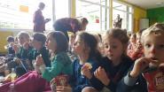 Leerkrachten De Brug organiseren babysitservice ten voordele van Rode Neuzen: oudste leerlingen mogen zelfs nachtje blijven slapen