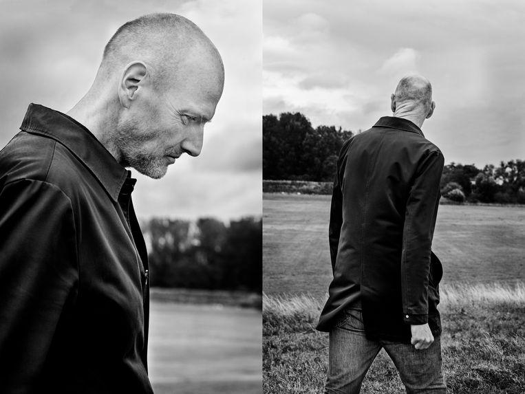 Walter van den Berg: 'Verlegenheid is een naar binnen gekeerde arrogantie'. Beeld Jildiz Kaptein