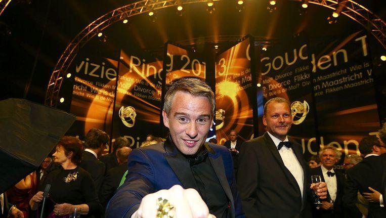 WIDM-presentator Art Rooijakkers na het winnen van de Televizier-Ring 2013. Beeld anp