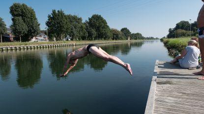 """Politie waarschuwt inwoners: """"Zoek geen verfrissingen op in waterlopen en waterplassen"""""""