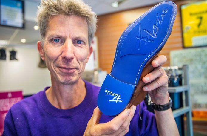 Gerard de Kluyver (56) is leerling-schoenhersteller.
