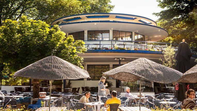 Het Blauwe Theehuis in het Vondelpark. Beeld Floris Lok