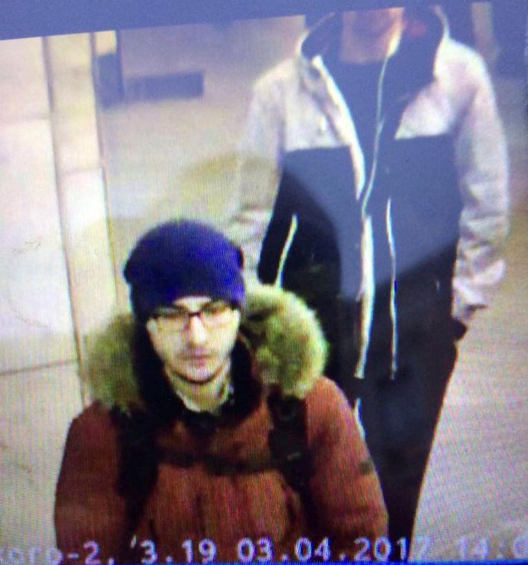Een foto van Dzjalilov, gemaakt aan de hand van bewakingsbeelden, die door de politie is verspreid. Beeld Reuters
