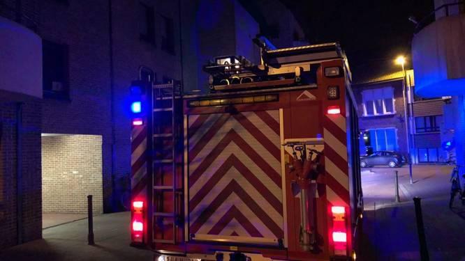 Buurman ziet rook van 'vaper' aan voor brand en verwittigt brandweer