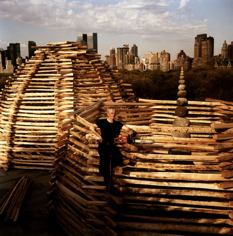 Andy Goldsworthy bij het Metropolitan Museum of Art, New York. Beeld Alec Soth/ HH