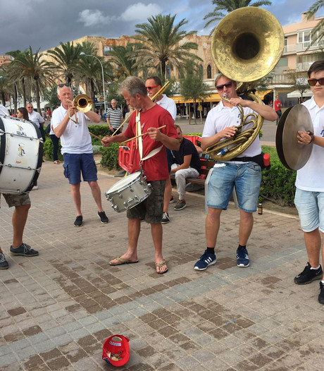 Sputterkeerls uit Oldenzaal zetten Mallorca op z'n kop