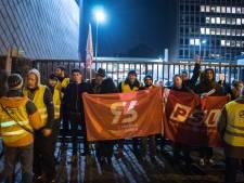 Une trentaine de manifestants rassemblés devant les bureaux de Nethys