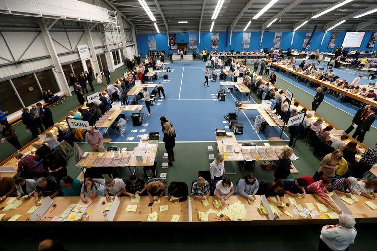 Stemmen tellen in Sunderland. Beeld reuters