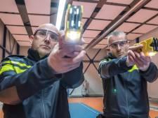 Politie Zwolle grijpt 51 keer naar taser: proef verlengd
