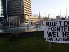 Excelsior-fans plagen Feyenoord: 'Blijft deze fontein wel heel?'